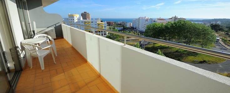 ONE BEDROOM APARTMENT WITH BALCONY (2 PAX) Oceano Atlântico Apartments